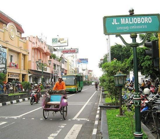 Percutian Yogyakarta Saver