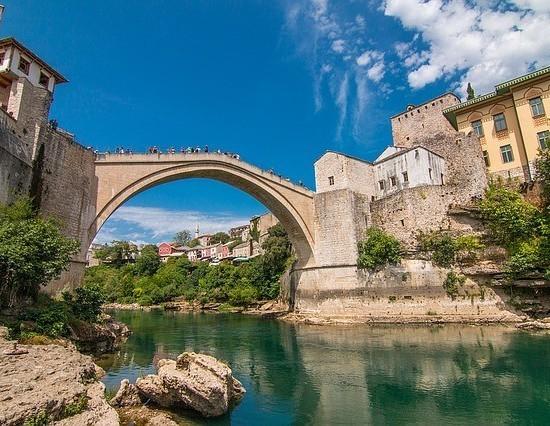 Galeri Percutian Balkan