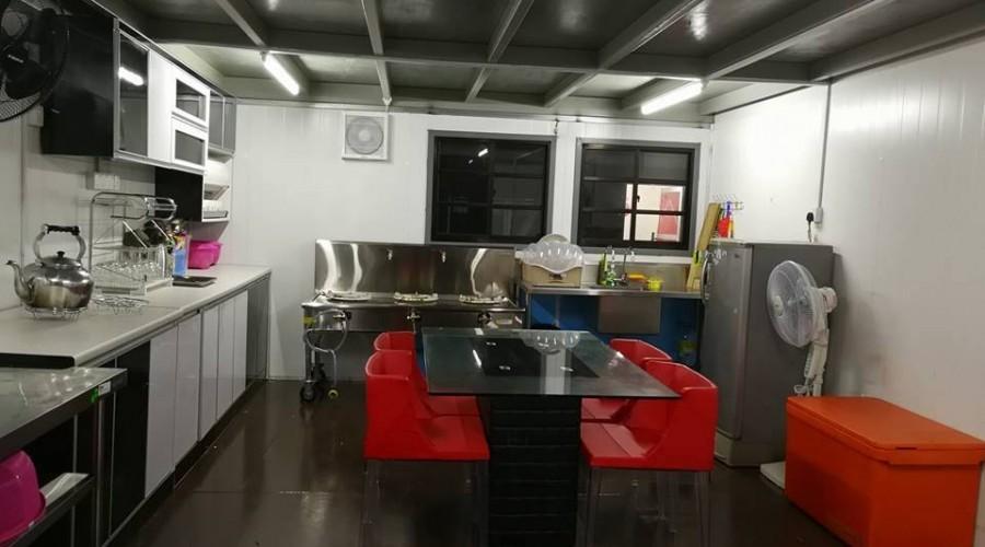 Kenyir Houseboat Kitchen