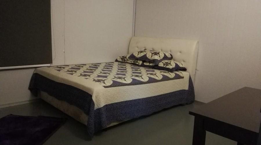 Kenyir Houseboat Room