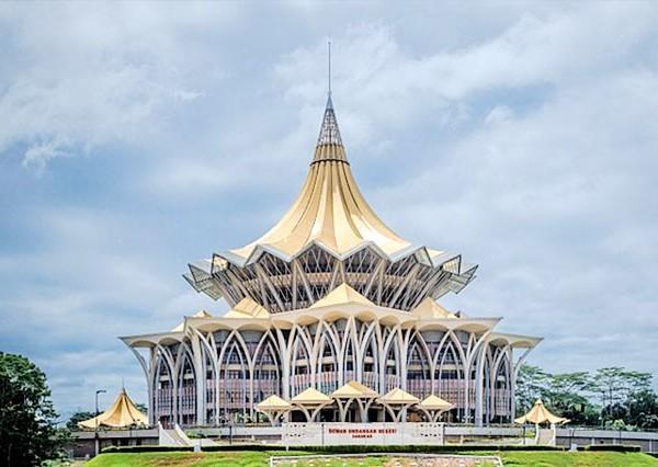 Pakej Percutian Sarawak 3H2M