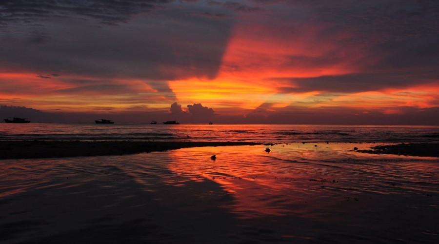 Sunset 2 Damai Tioman Resort