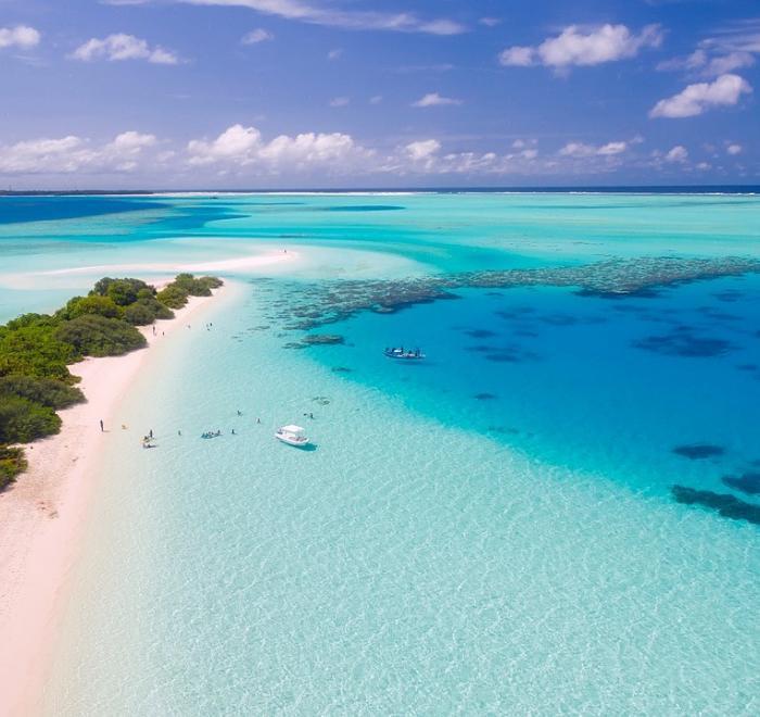 Kebaikan Melancong Maldives