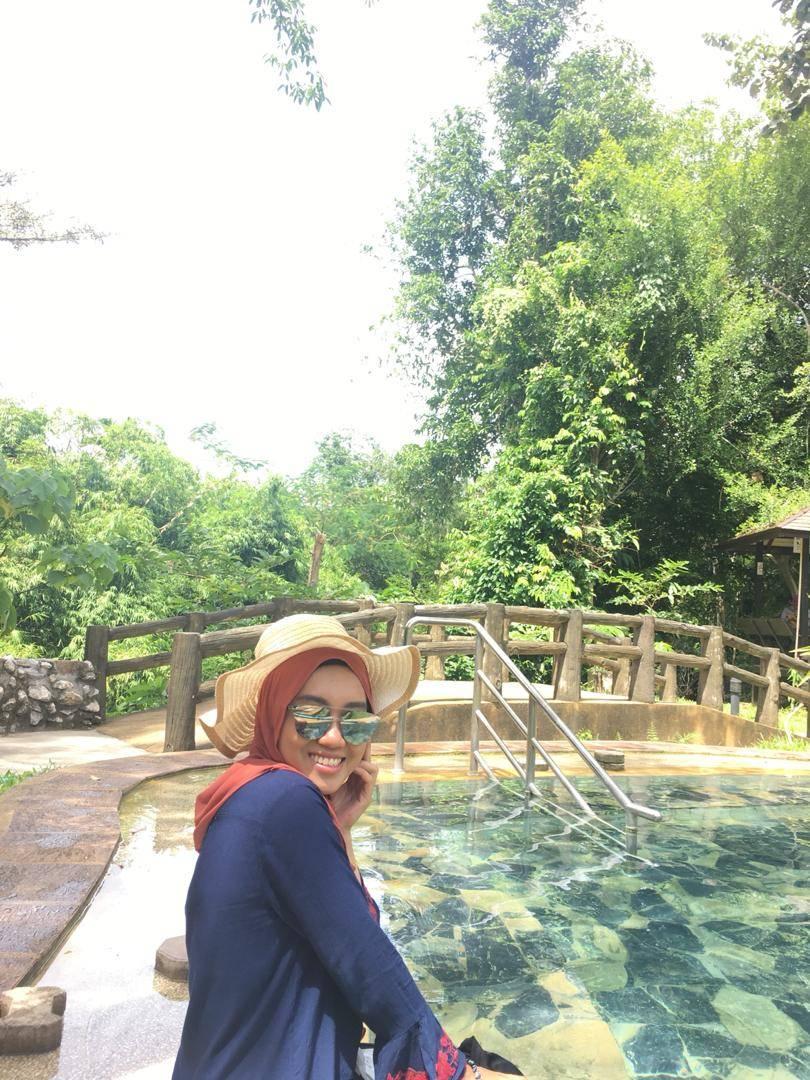 Nur Adibah - Bulan Madu Krabi