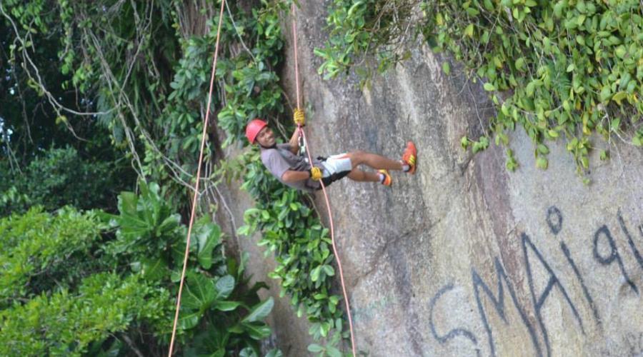 Climbing Coral Bay Resort