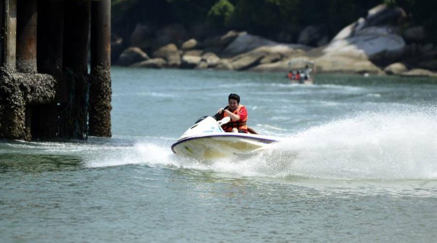 Coral Bay Resort Jet Ski