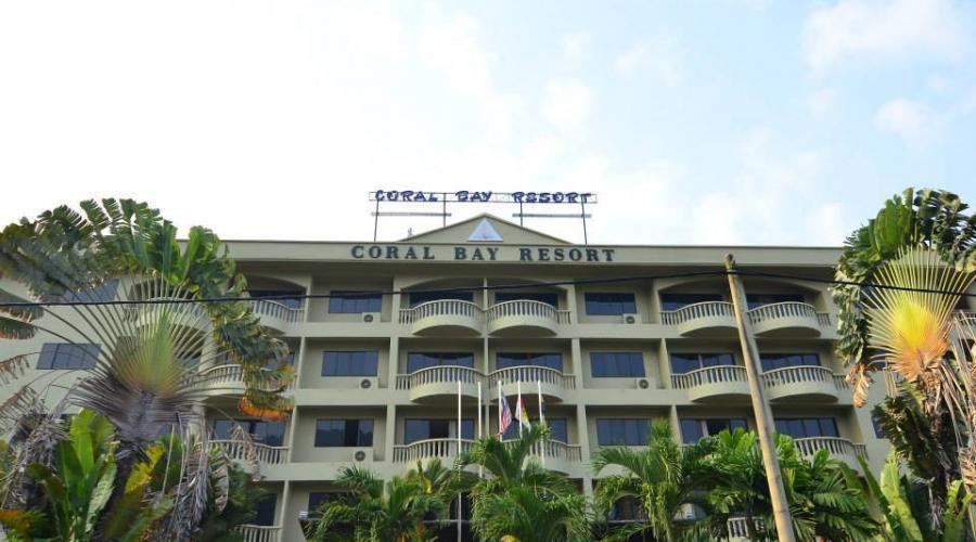 Front Coral Bay Resort