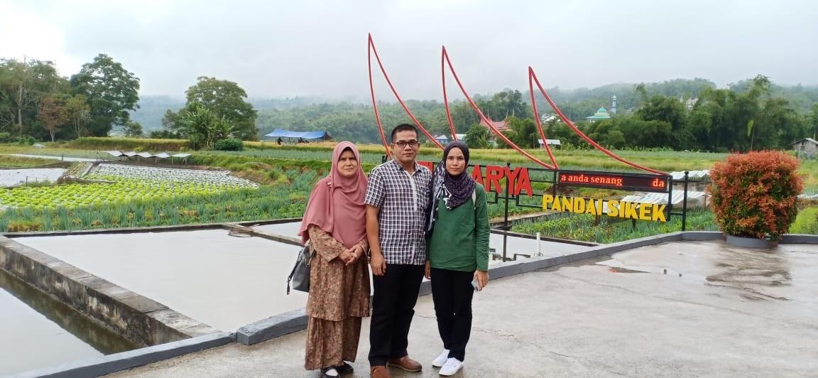 Zalina Omar Padang Bukittinggi 4 hari 3 malam