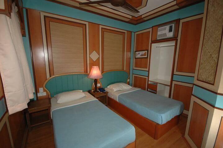 Shari-La-Island-Resort