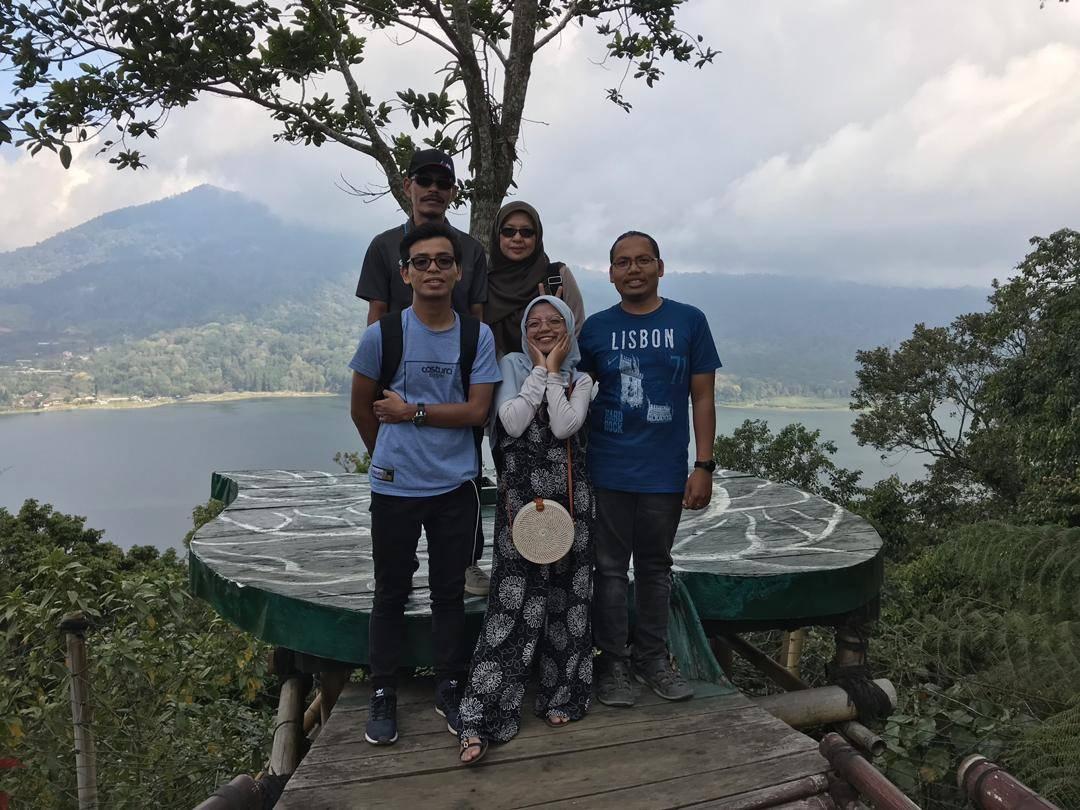 Muhaya Binti Ibrahim - Bali Indonesia
