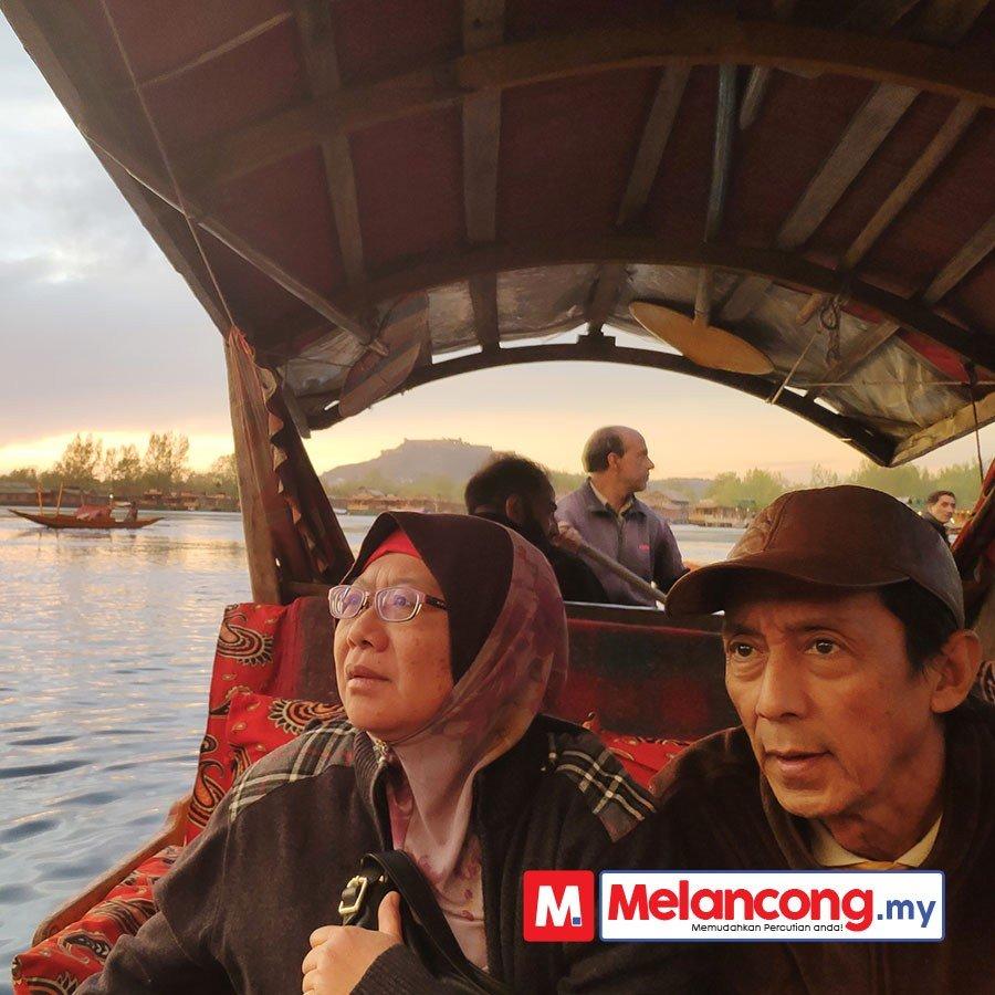Saadiah & Suami Percutian Kashmir